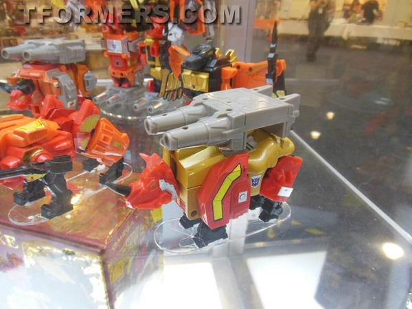 transformers=botcon-2013-generatations-prime-paltinum (108)__scaled_600