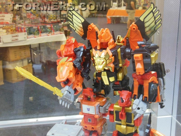 transformers=botcon-2013-generatations-prime-paltinum (115)__scaled_600