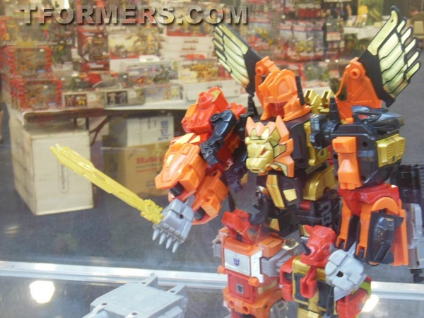 transformers=botcon-2013-generatations-prime-paltinum (116)__scaled_600
