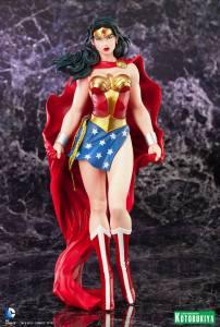 Wonder Woman ARTFX Statue (1)