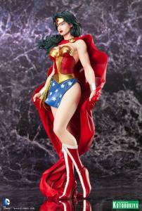 Wonder Woman ARTFX Statue (3)