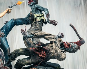 twd-rickgrimes-statue_news_02_cl
