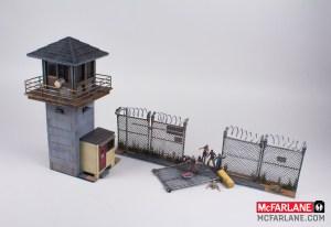 McFarlane-Walking-Dead-Building-Set-The-Prison-Tower-004