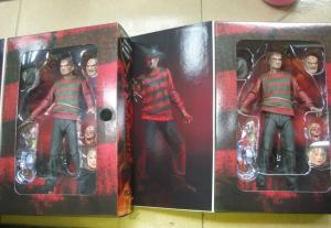 NECA-Ultimate-Freddy-Krueger-Packaged