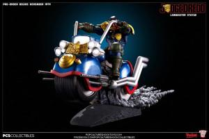 Judge Dredd on Lawmaster (3)