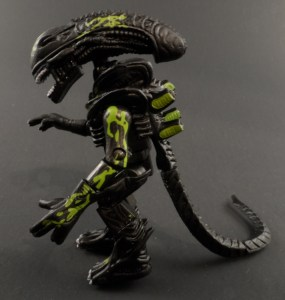 Aliens Minimates 14 Battle Damaged Alien