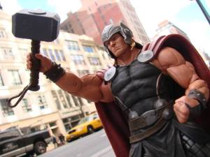 Mighty Thor Marvel Select (5)