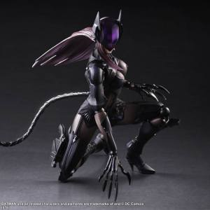 Play-Arts-Variant-Catwoman-002
