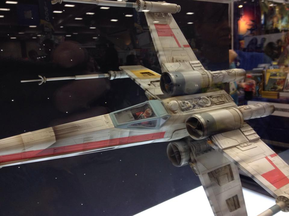SDCC 2015 Screen Used Props On Display