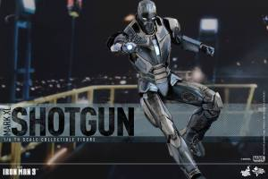 Hot Toys Iron Man Mark XL 07