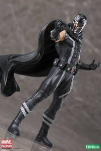 Marvel Comics Magneto ARTFX (7)