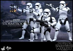 Hot Toys First Order Stormtrooper 08