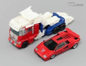 TF Upgrader Optimus Prime 09