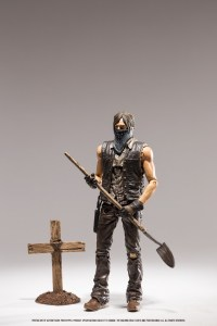 Walking-Dead-TV-Series-9-Grave-Digger-Daryl-002