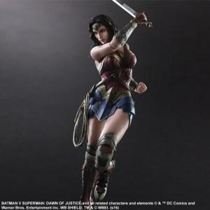 Play Arts KAI - Wonder Woman (1)