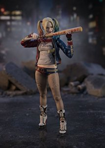 Suicide-Squad-Harley-Quinn-SH-Figuarts-005