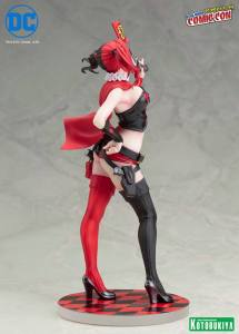 harley-quinn-nycc-2016-exclusive-bishoujo-statue-8
