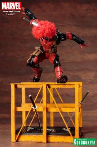 marvel-comics-super-deadpool-artfx-statue-3