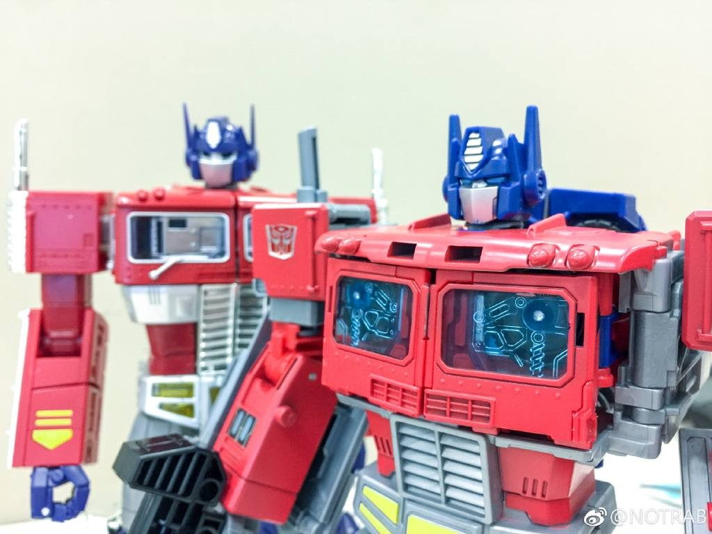 Transformers Power of the Primes Optimus Prime with MP-10