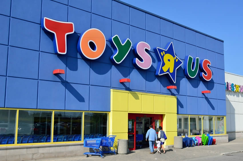 PSA- Toys R Us and How to Respond to the Closures