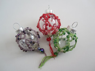 Christmas Tatting Pattern – Christmas Bauble