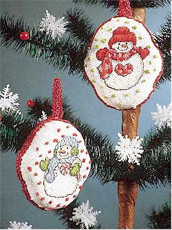 Free patterns: Snowmen cross-stitch ornaments – Needle Work