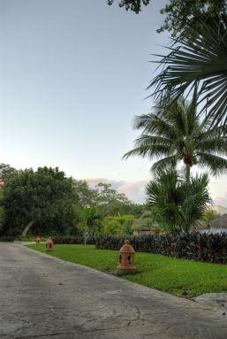 resort_walkway