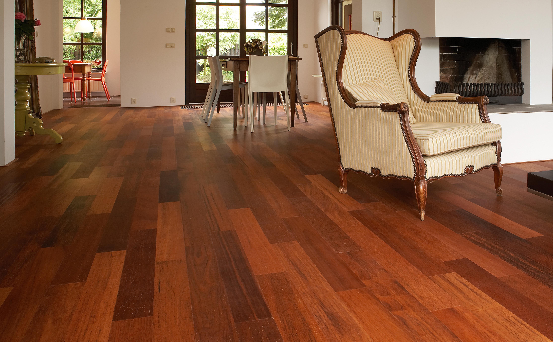 Fabulous Het kleuren van een rode tropische houten vloer, kan dat ZV51