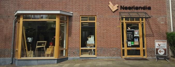 Contact met Neerlandia Nijmegen vloeren winkel