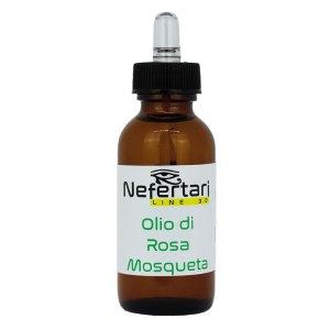 olio di rosa Mosqueta con contagocce