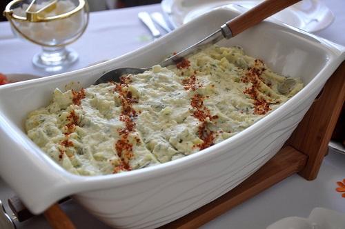 salatalikli-kolay-patates-puresi-tarifi