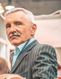 Веселов Евгений Дмитриевич - фото, цитаты, биография
