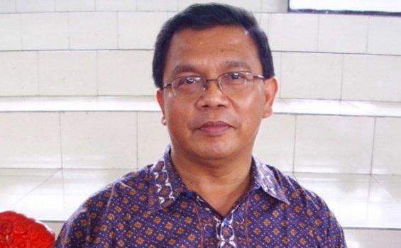 Prof. Dr. Johanes Ohoitimur MSC (foto/hidupkatolik)