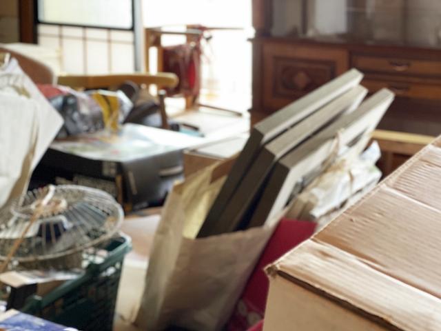 断捨離は新しい人生への第一歩!大量に捨てる方法・業者さんは?