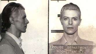 David Bowie. Arrestado en 1976 por posesión de marihuana.