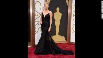 -oscars-red-carpet---charlize-theron-horizontal-gallery