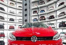 Switzerland bans VW car sales over emissions