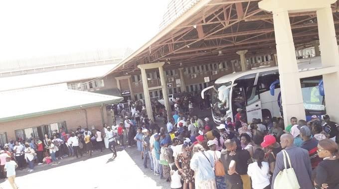 COVID-19: Returnees from SA to be quarantined at provincial centres – Nehanda Radio
