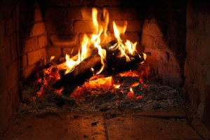 Wood Fireplace Safety & Efficiency Tips