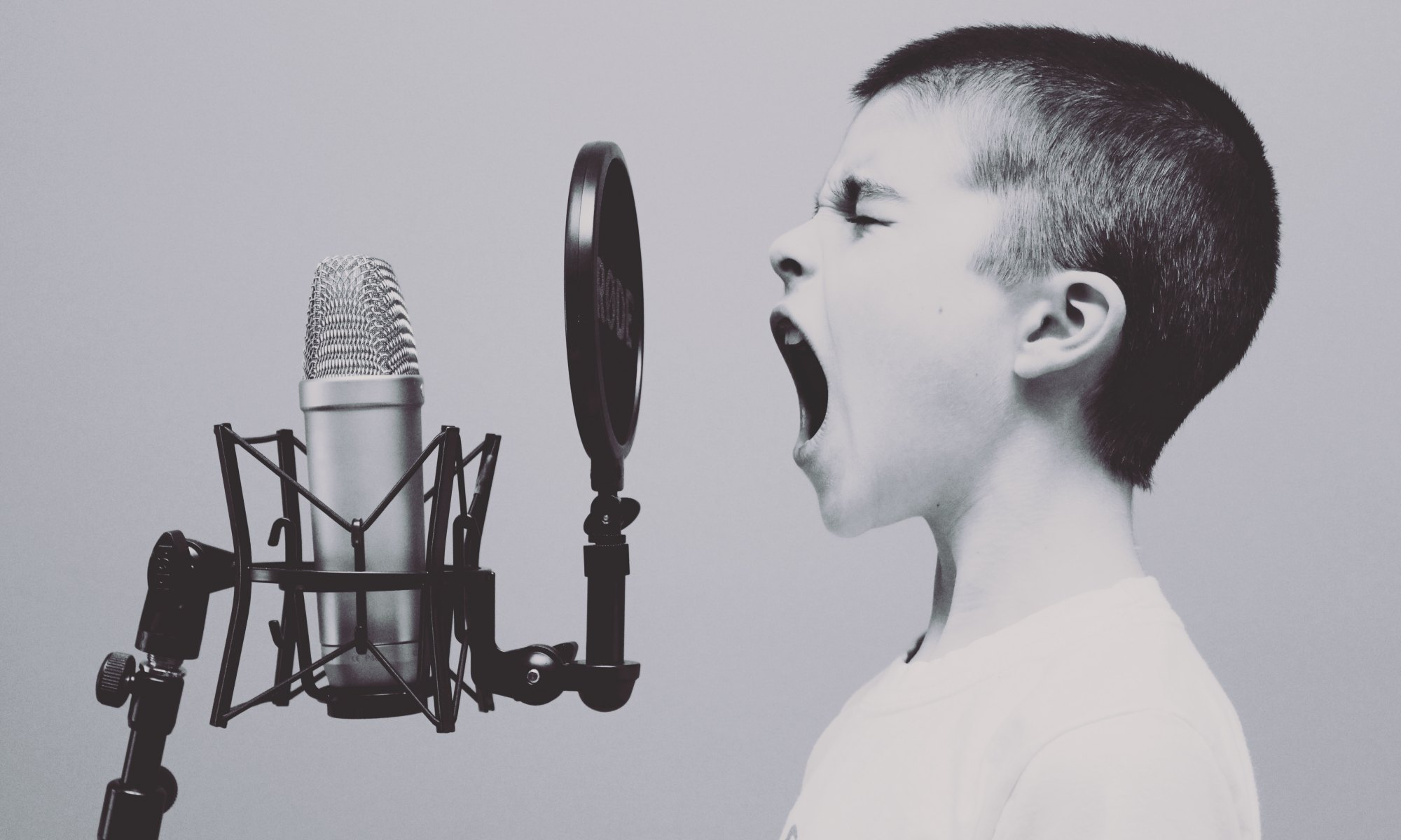 Singing with Passion and Emotion