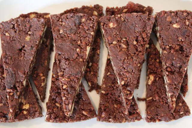 It's a miracle! A no bake chocolate fridge cake that appears in your fridge in the morning! And at under 250 calories per slice!!