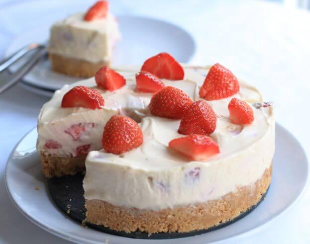 Strawberry Whisky Cheesecake