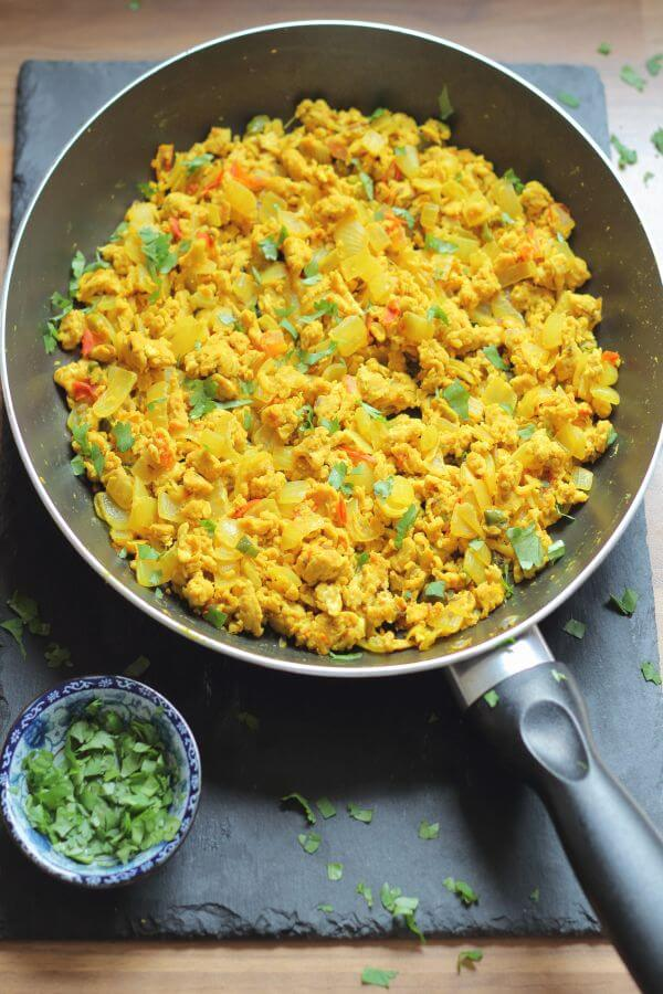 This is Indian scrambled eggs made the healthy way! You will be amazed that just a few tweaks and spices added to a traditional scrambled egg recipe can produce this healthy, top weekend breakfast recipe. Tantalise the taste buds, and try something different!