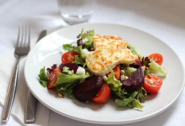 Halloumi and Beetroot Salad