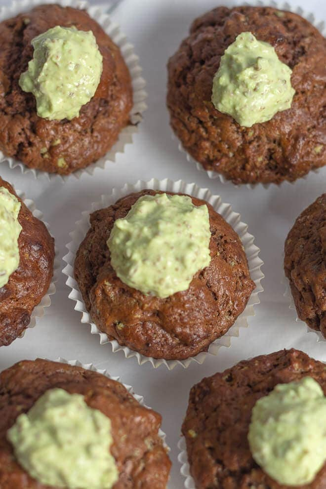 These mint aero cupcakes are oozing with that unique chocolatey peppermint taste that you can only get from an Aero bar, but in a delightful cupcake form. They're much healthier and kids will love them!