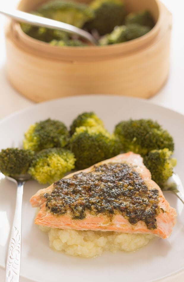 Simple and tasty, this oven baked salmon pesto is ready in just 30 minutes and comes with a creamy cauliflower mash too. Perfect for those occasions when you're in a rush or limited with time, you'll want to add this to your quick healthy meals list!