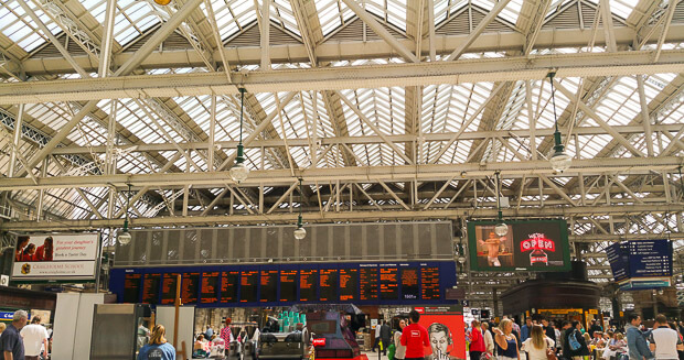 Glasgow Central Railway Station View Concourse