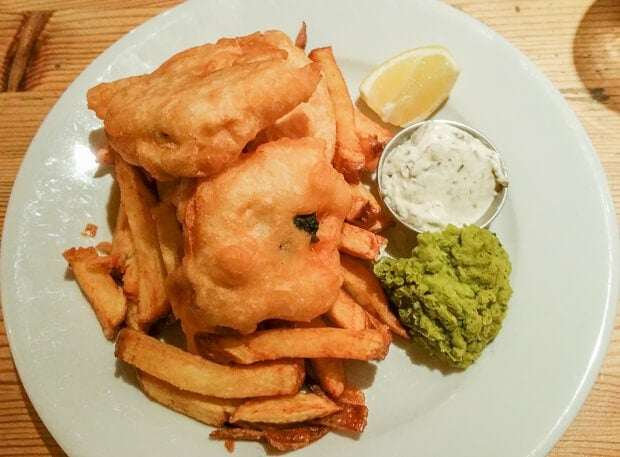 To-fish n chips picture