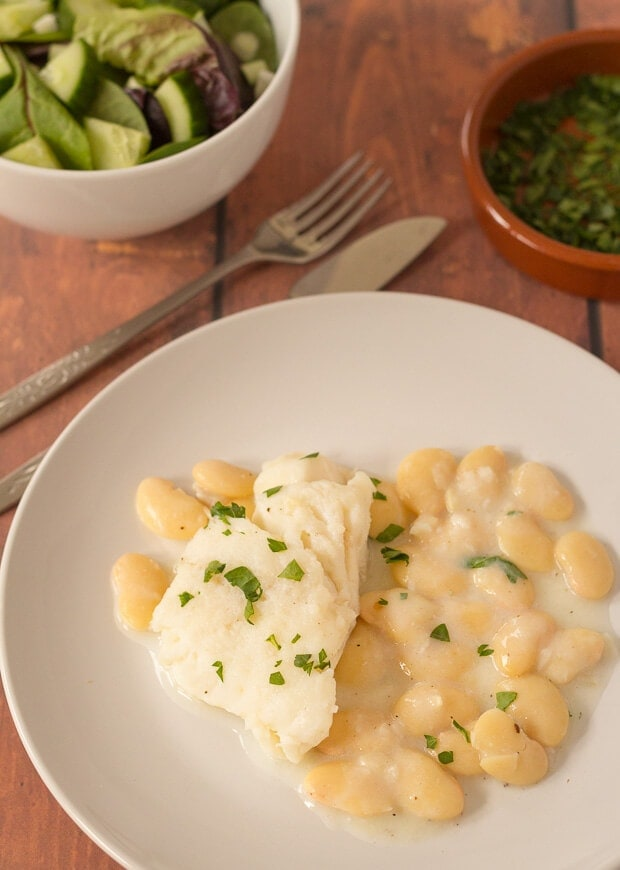 Poached Cod with Butter Beans is a simple quick healthy dish for when you're really short on time. In literally 30 minutes you'll be able to rustle up this delicious, nutritious dish with only one pan to wash up.