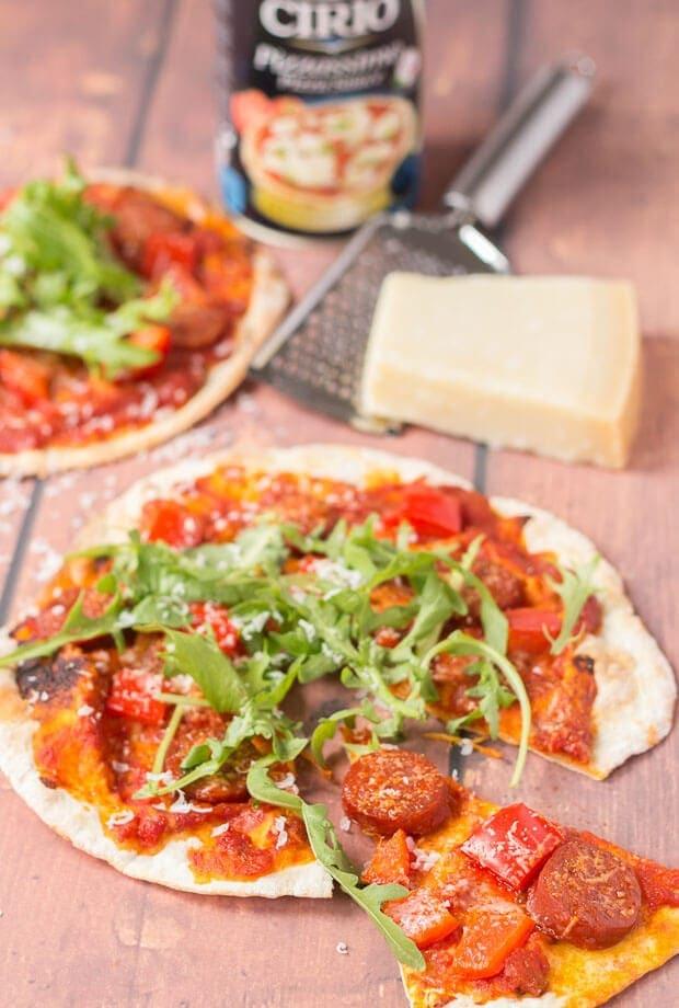 30 Minutes Easy Flatbread Pizza Recipe